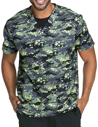 Dickies Everyday Signature Scrubs Men's Duty Calls Printed V-Neck Scrub Top