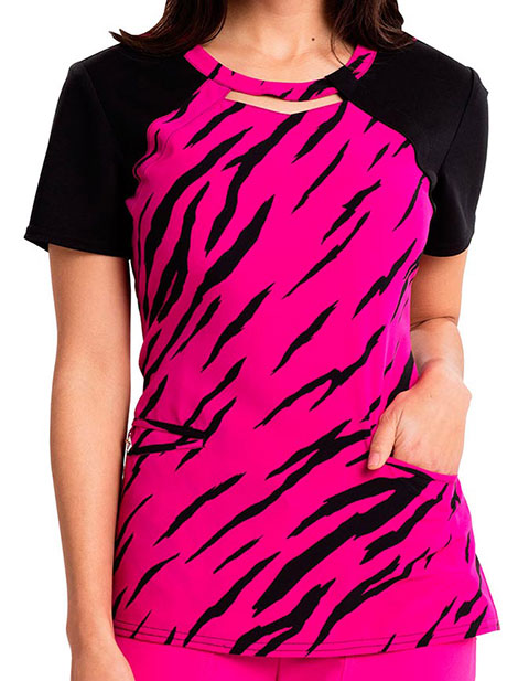 Careisma Going Wild Women's Round Neck Fashion Printed Scrub Top
