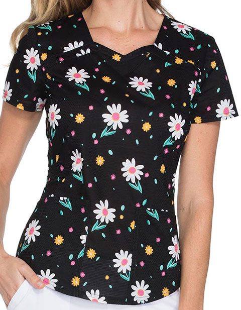 HeartSoul Flowers For My Love Womens Making Me Daisy Sweetheart Neck Top
